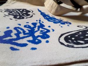 sac décoré à la main